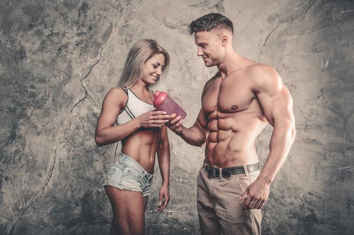 男性と女性とプロテイン
